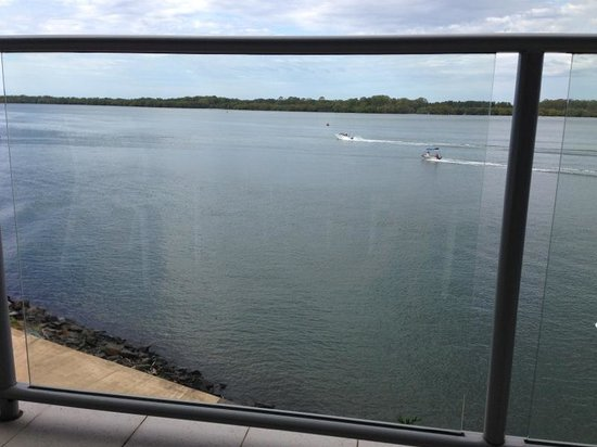 Ramada Hotel & Suites: View from the balcony just after the dolphins swam past!