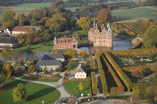 Egeskov Castle: Egerskov Garden & Castle