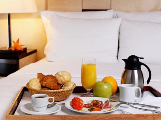 Hotel Arcadia : Petit déjeuner Room service