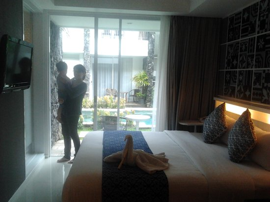 Astana Pengembak Suite Apartment & Villa: nice room with pool access