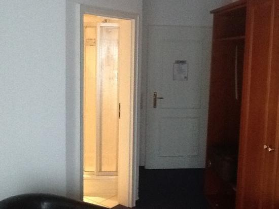 Hotel Stadt Norderstedt: entrata camera