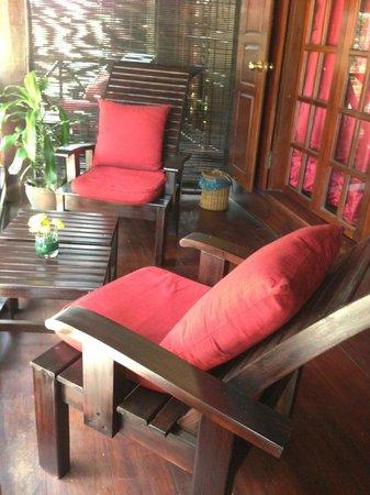 Villa Ban Lakkham: Upstairs balcony