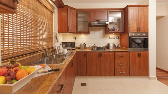 Waridi Paradise Hotel and Suites: Well equipped kitchens