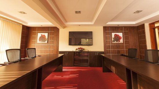 Waridi Paradise Hotel and Suites: State of the art conference room