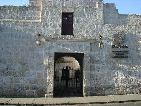 Instituto Cultural Peruano Norteamericano
