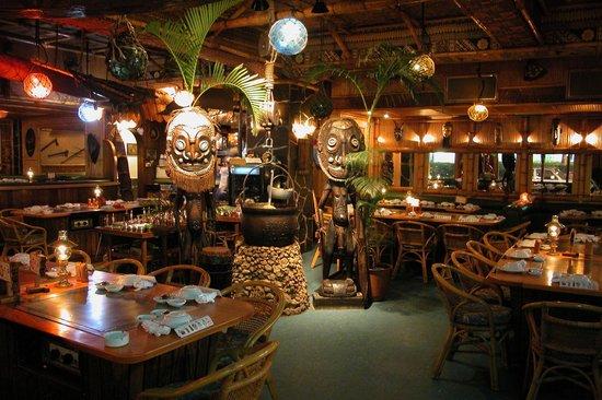 Sam's Maui Kumoji