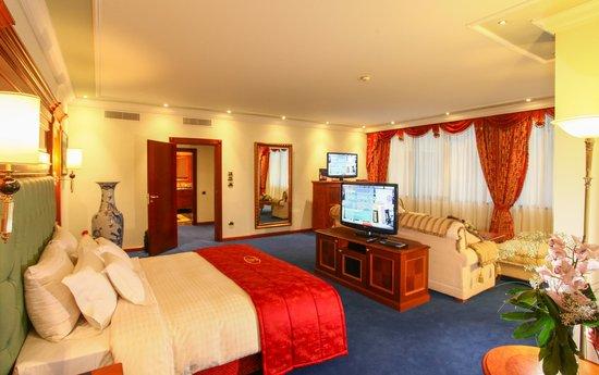 Swiss Diamond Hotel Prishtina: Junior Suite