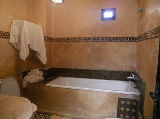 Riad Al Pacha: bagno - è peggio di quel che sembra -