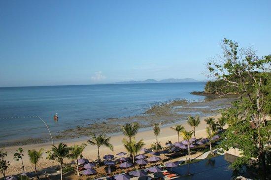 Beyond Resort Krabi: отлив