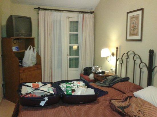 Hotel Tribuna: Taille de la chambre et mobilier spartiate