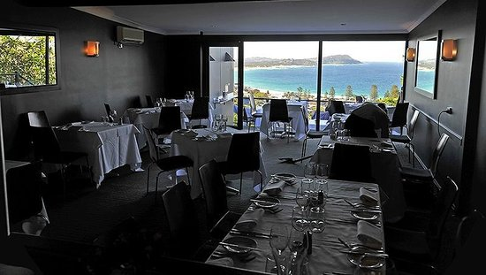 Inside the main dining room picture of the cowrie terrigal the cowrie inside the main dining room publicscrutiny Image collections