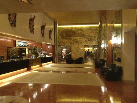 Bauer Hotel: Hotel Bauer - Lobby