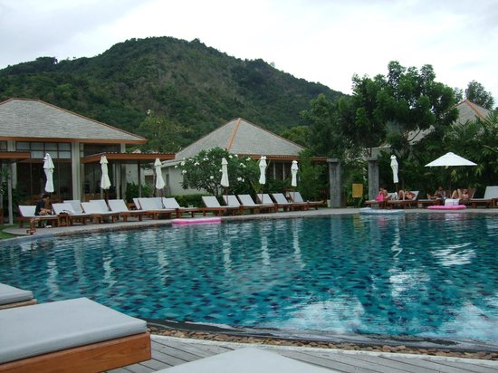 Metadee Resort and Villas: the main pool area