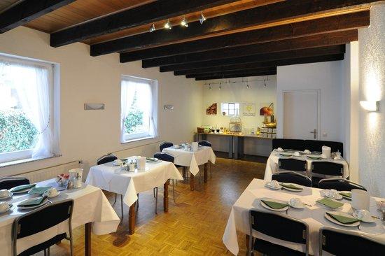 Hotel Karolinger: Frühstücksraum