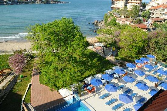 Hotel Selena : pool & beach area