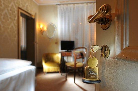 Hotel Flora: single room