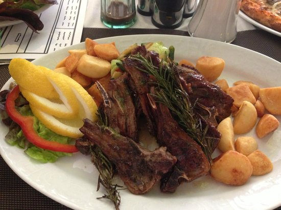 IL Faro by Sascha: Lamb with pan fried veg and potatoes