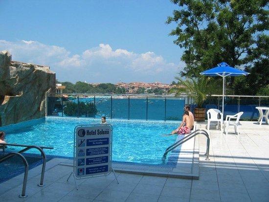 Hotel Selena: pool area