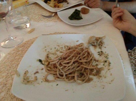 Trattoria Isetta: Bigoli integrali alle sarde