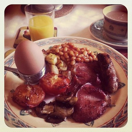 The Old Station House Bed and Breakfast: Our tailor made breakie!! Delicious!