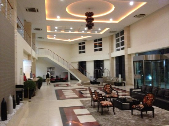 Soyo, Angola : Entry lobby to hotel