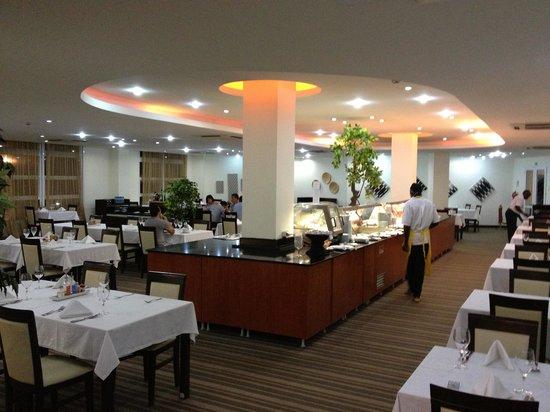 Soyo, Angola: Hotel restaurant