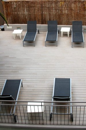 Aramunt Apartments: Sun deck