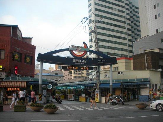 Haeundae Beach: Mercato adiacente la spiaggia