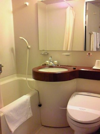 Hotel Seven Seven Takaoka: バスルーム