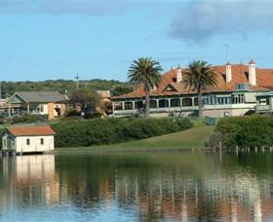 Warrnambool River Cruises One Hour Guided Tour
