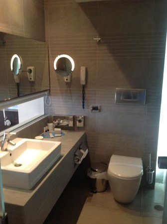 Kos Aktis Art Hotel: salle de bain