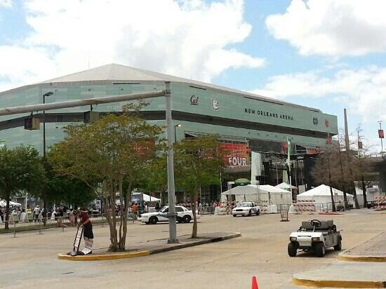 Smoothie King Center: New Orleans Arena