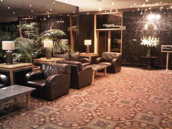 Burgers Park Hotel: Next to the conference rooms