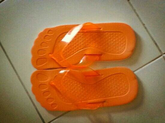 HARRIS Resort Batam Waterfront: bathroom slippers were very cute... you may purchase them by paying at the front desk