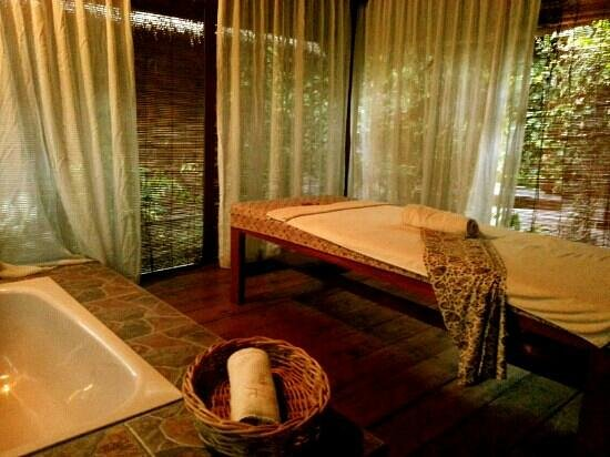 HARRIS Resort Batam Waterfront: the spa