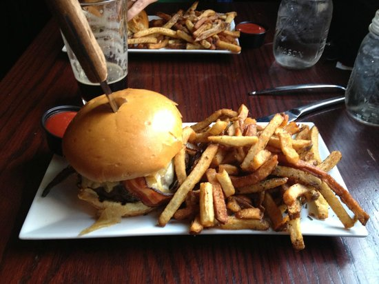 Alewife : The Smoke Burger with Duck Fat Fries