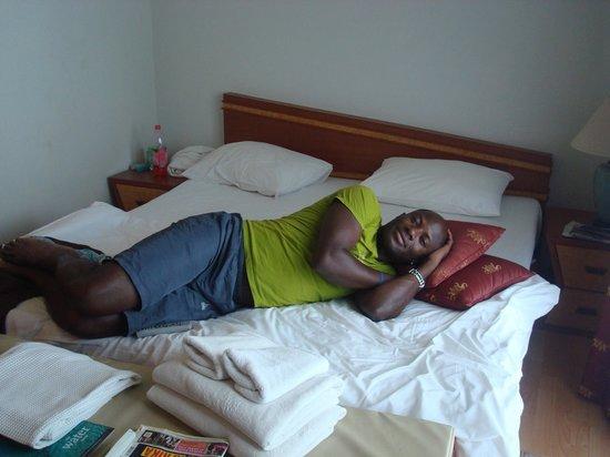 Krabi Tropical Beach Resort : Comfy bed