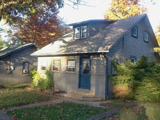 Geneva on the Lake, OH: Three bedroom cottage(Wildare)