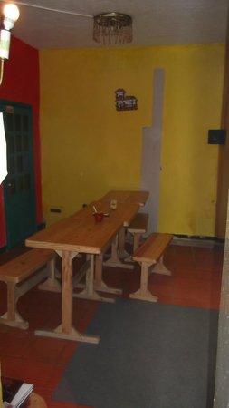 Tip Top Hostel: common room