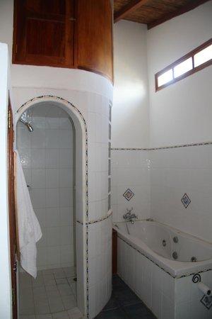 Casa San Francisco: Bathroom of Penthouse in Annex