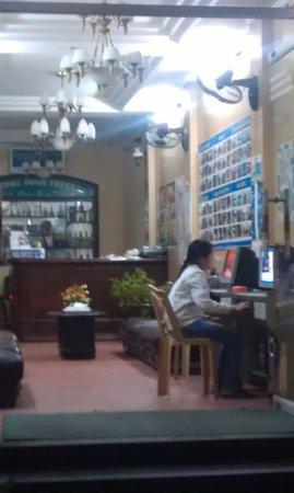 Phong Nha Hotel: Reception / foyer