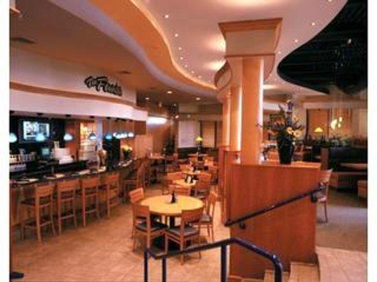 Garfield's Restaurant: Garfield's