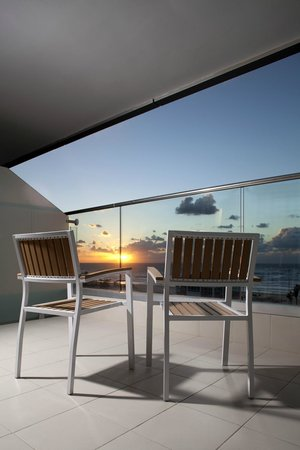 West Boutique Hotel Ashdod: Deluxe Suite Balcony