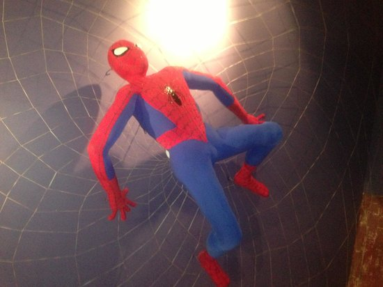 Super 8 Castlegar BC: Spider-Man room