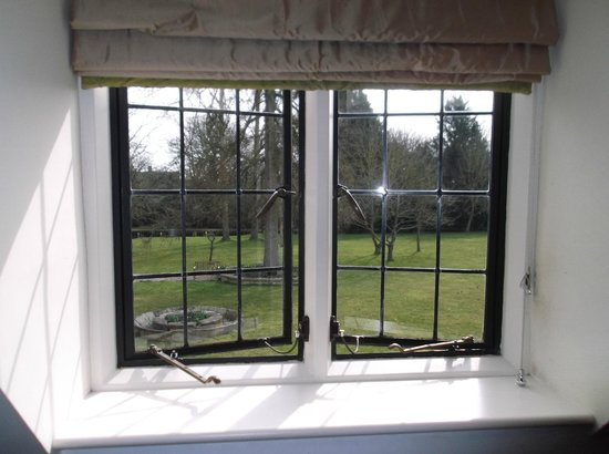 The Slaughters Country Inn: Looking out from room on to the grounds