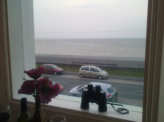 Britannia Guest House: sea view