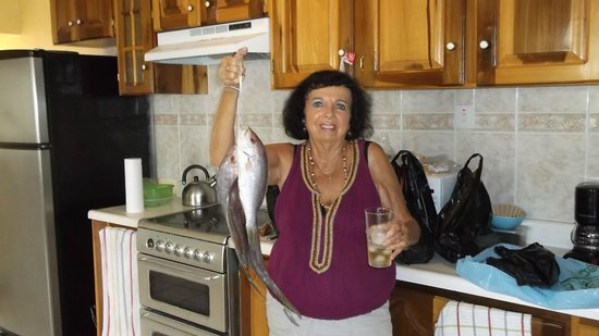 Chrisanns Beach Resort: great kitchen ...great fish