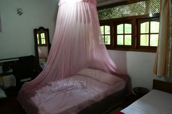 Eeshani Guest Inn : Room