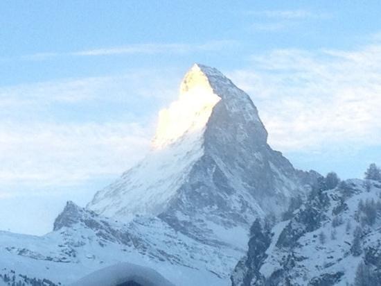 Stoked Swiss Ski and Snowboard School: zermatt