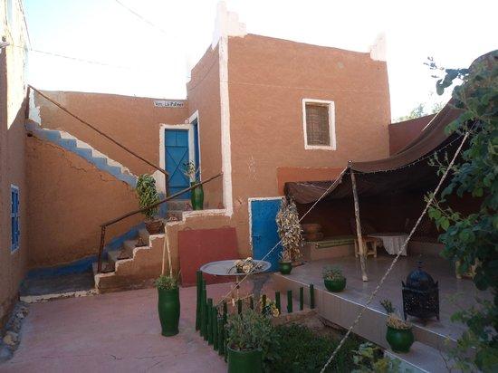 Retour au Calme : terraza frente a nuestra habitación